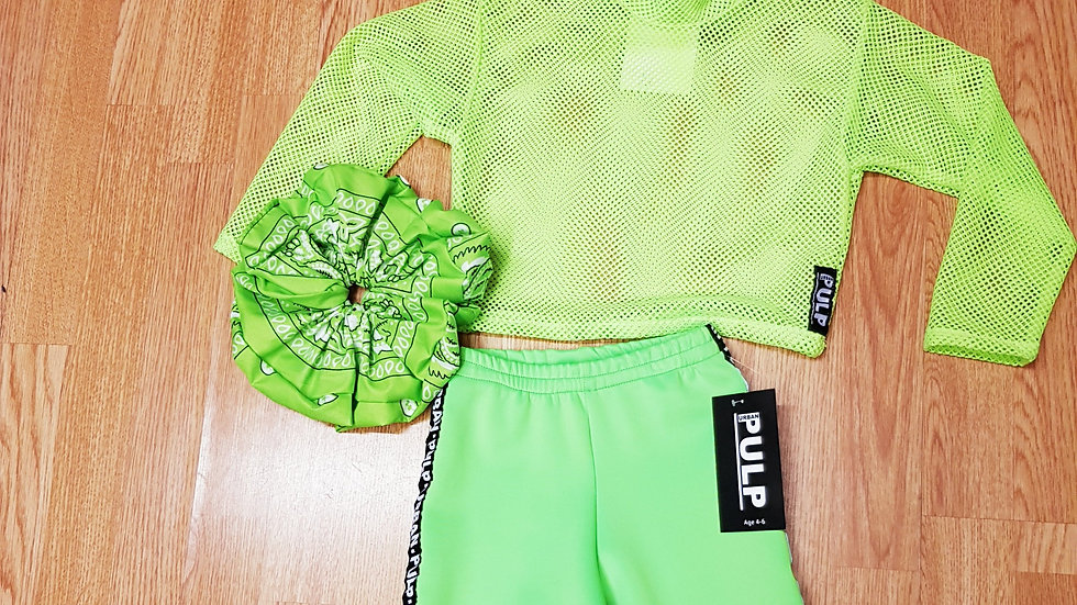 Flo Green Top & Cycle & Huge Scrunchie Age 4-6