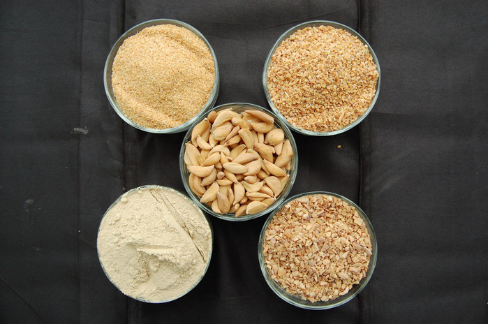 1.Dehydrate Garlic Granules 40-80 Mesh. 2. Dehydrate Garlic Granules 26-4- Mesh. 3.Dehydrate Garlic Flakes. 4. Dehydrate Garlic Powder. 5. Dehydrate Garlic Minced