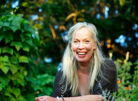 Lifting the Veil - Meet Nicole Ashford