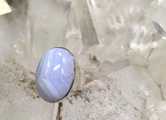 Large oval blue lace agate ring