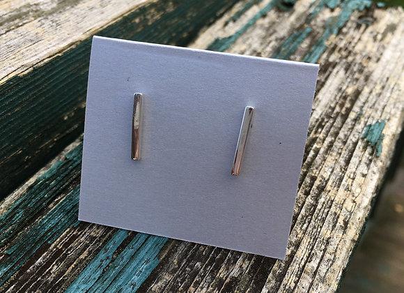 Silver bar studs