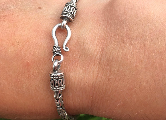 Byzantine link ornate ends bracelet