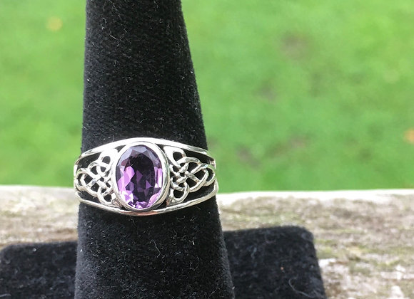 Oval amethyst celtic ring