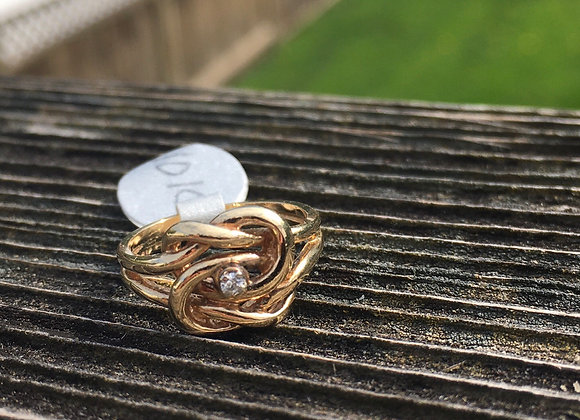 10 carat gold love knot ring