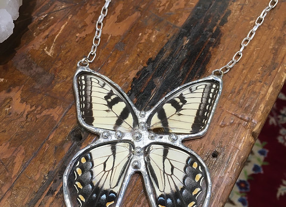 Complete butterfly necklace