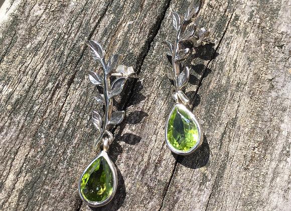 Peridot leaf stud drop earrings