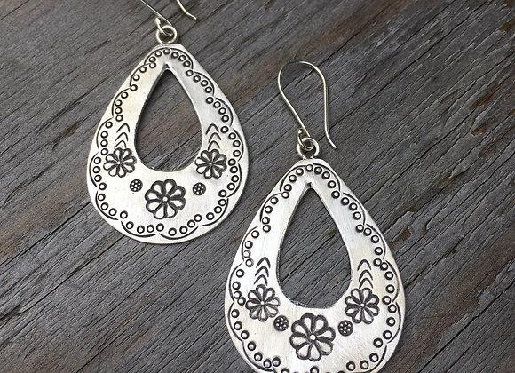 Hilltribe flat flower motif teardrop earrings
