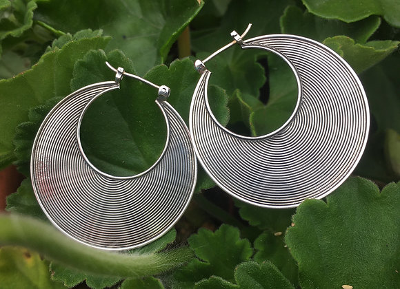 Large grooved hoops