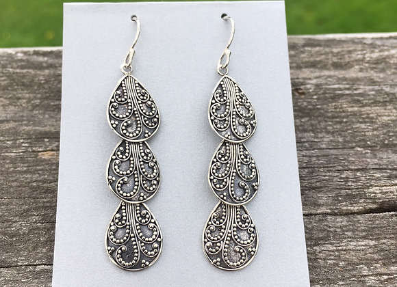 Three drop granulation earrings
