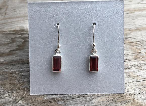 Small rectangle garnet earrings