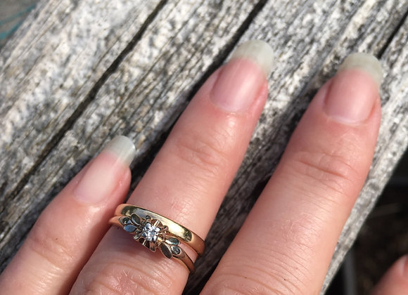Vintage 14 and 18 carat gold engagement ring