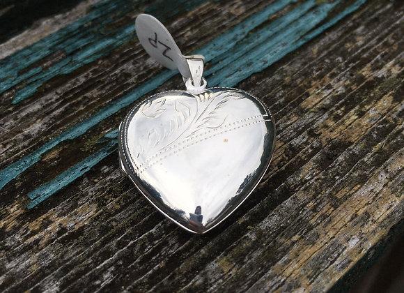 Large heart locket