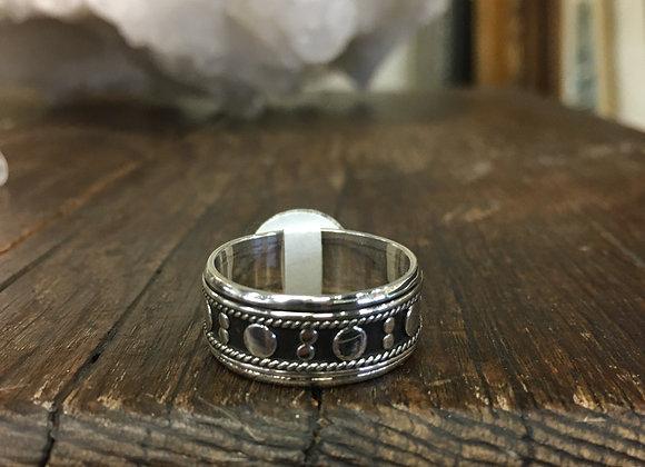 Oxidized background meditation ring
