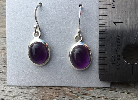 Oval cabochon amethyst earrings
