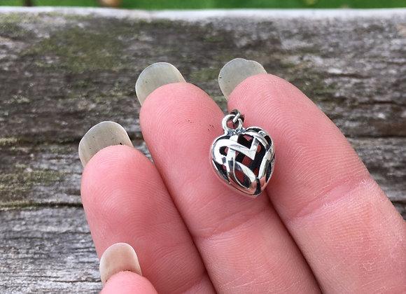 Little puffy Celtic heart pendant