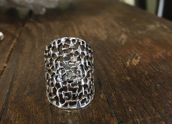 Long textured cutouts ring