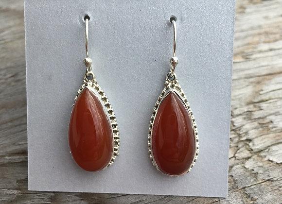 Detailed drop carnelian earrings