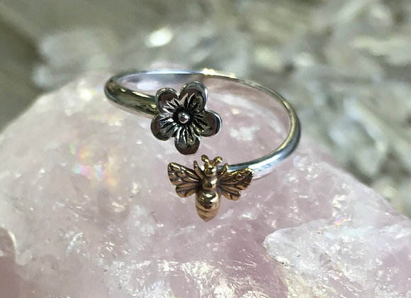 Bee and flower wrap ring