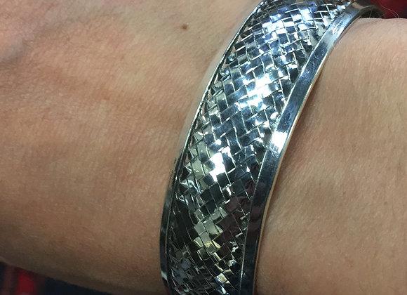 Basket weave cuff bracelet