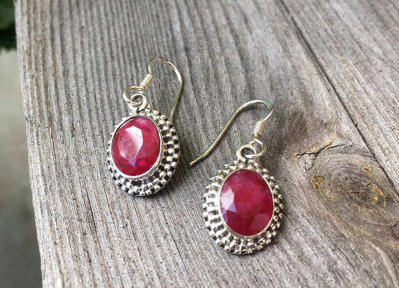 Ruby granulation setting earrings