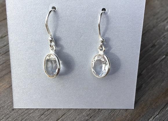 Quartz dainty oval earrings