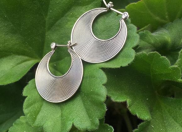 Small grooved hoops