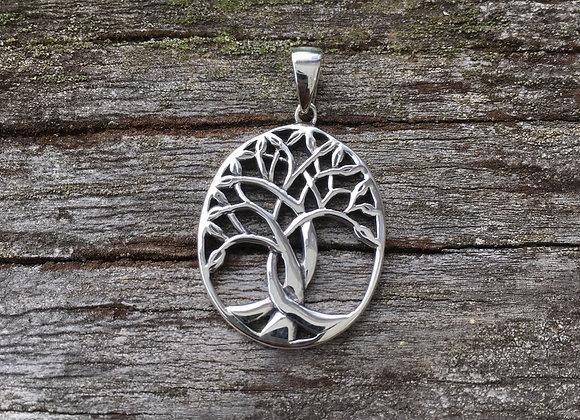 Oval Celtic tree of life pendant