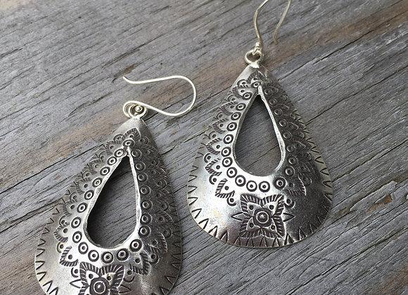 Hilltribe open teardrop earrings
