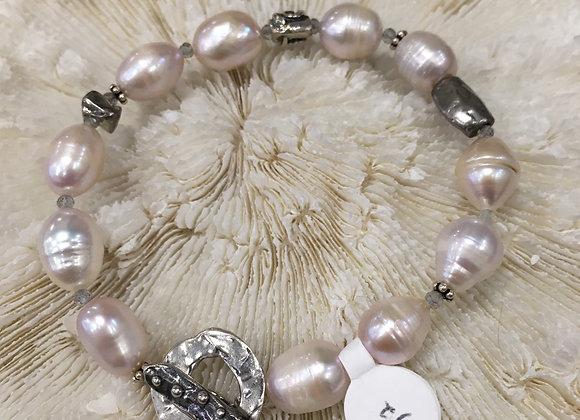 Oval pink freshwater pearl bracelet