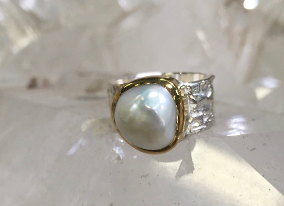Marija Designs gold bezel wide band pearl ring
