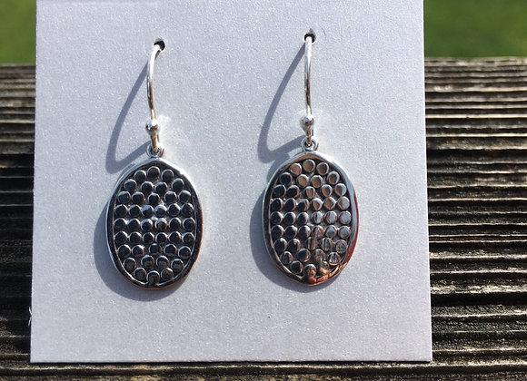 Dots oval earrings