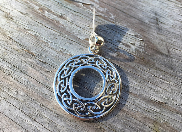 Round open centre Celtic pendant