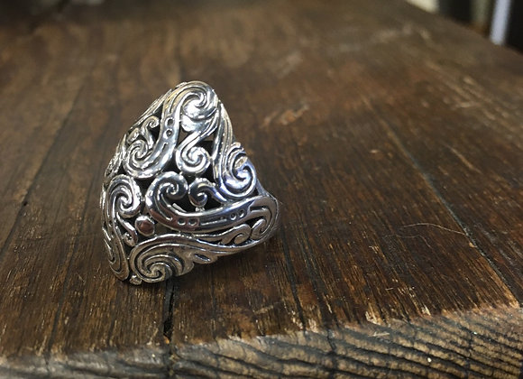 Silver swirls ring
