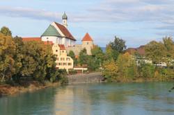 Franziskanerkirche mit Lech