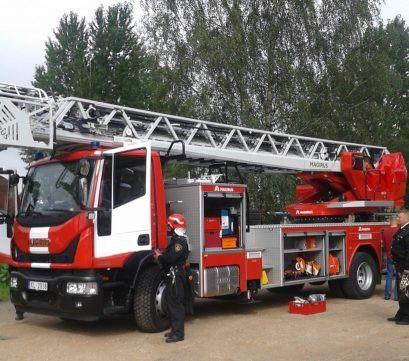 Ērgļos atklāj jauno ugunsdzēsēju depo