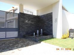 Bellisimo: 6 luxury Morningside unit