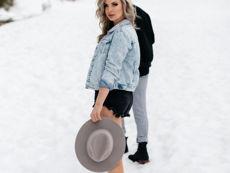Snowy Utah Couple Photoshoot
