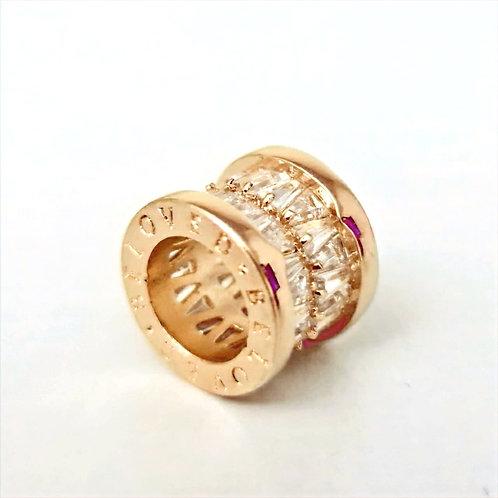 Pingente folheado a ouro, inspiração, com cravação dupla em navetes