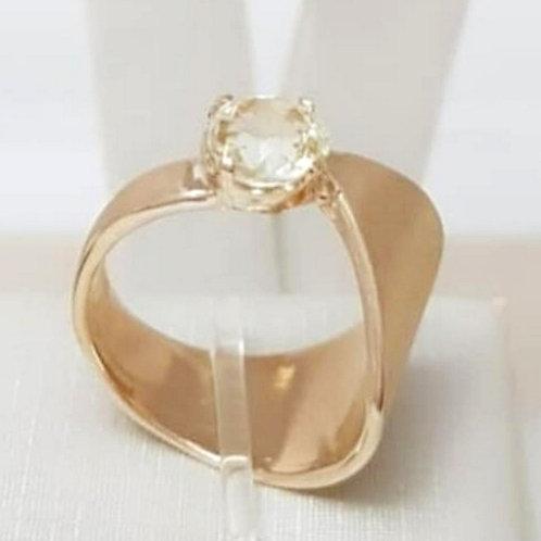 Anel Folhado a Ouro Fosco com Cristal Citrino