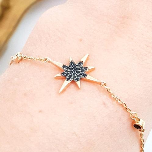 Pulseira Folhada a Ouro com Estrelas Cravejadas de Zirconias Pretas