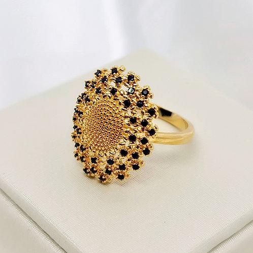 Anel Folheado a Ouro com Zirconias Negras