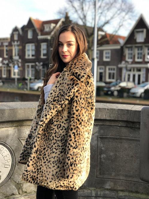 LEOPARD LADY - faux fur jas in leopard print