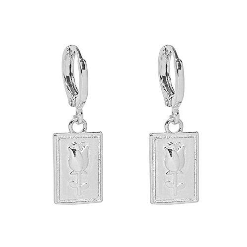 Rose earrings in silver