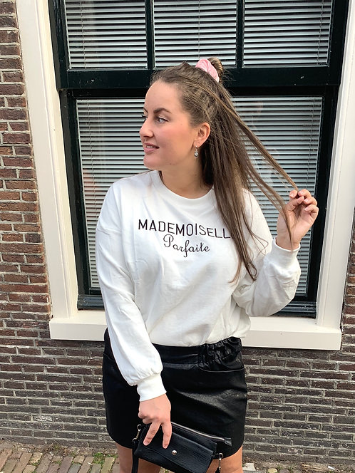 MISS PERFECT - trui in wit met zwarte tekst