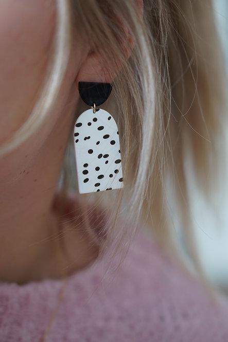 Lilo - vrolijke statement oorbellen met stippenprint