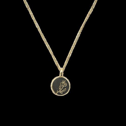 À la engraved rose necklace