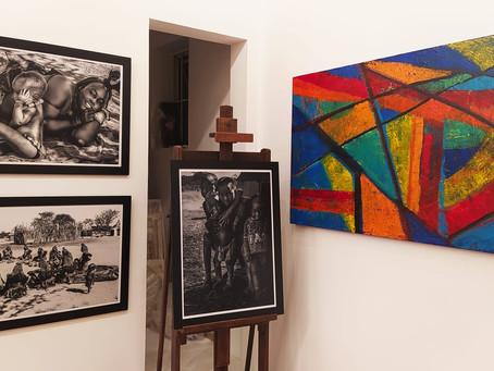 Coleção da fotógrafa Andrea Brêtas está em exposição no Espaço BBArte Ipanema.