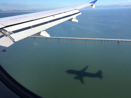 Landing SFO, USA