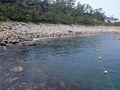 平沢ビーチ西口のエントリースロープ