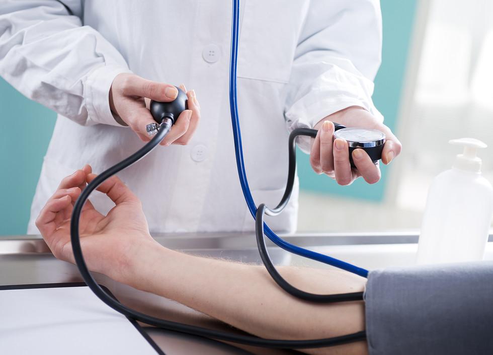 Midiendo la presión arterial